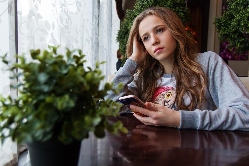 Teenager-Mädchen Pornos BilderLesbische Porno-Dominanz