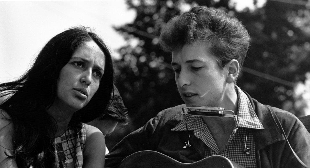 Joan Baez und Bob Dylan - Bild: National Archives at College Park [Public domain]