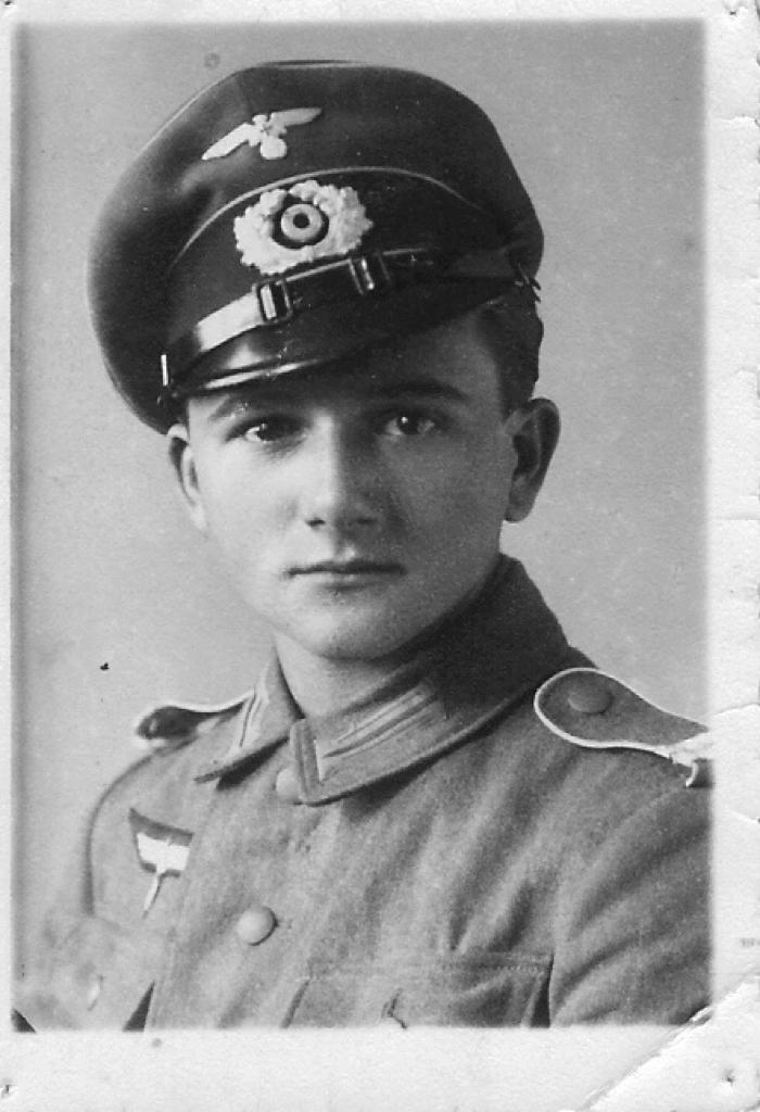 Aloysius Pappert während des Zweiten Weltkriegs (nach der Rückkehr aus Frankreich)