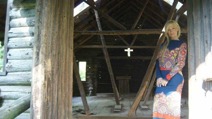 Crystal Bassette, hier das Titelbild ihrer Facebook-Seite, hat ihr Leben radikal geändert Foto: facebook - Crystal Bassette