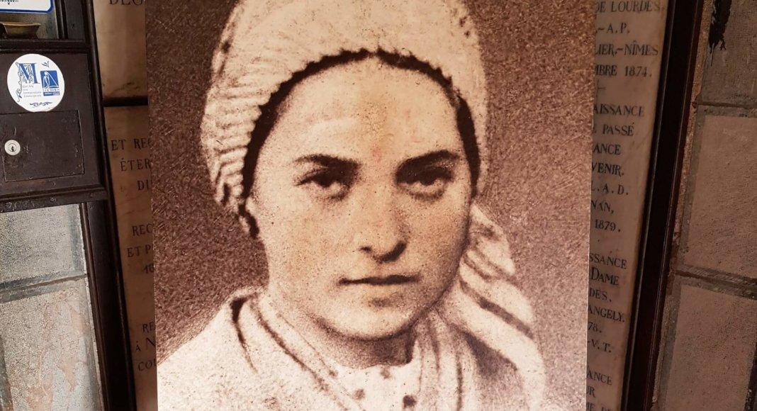 Bild: Die junge Bernadette Soubirous (Lourdes) / The Cathwalk