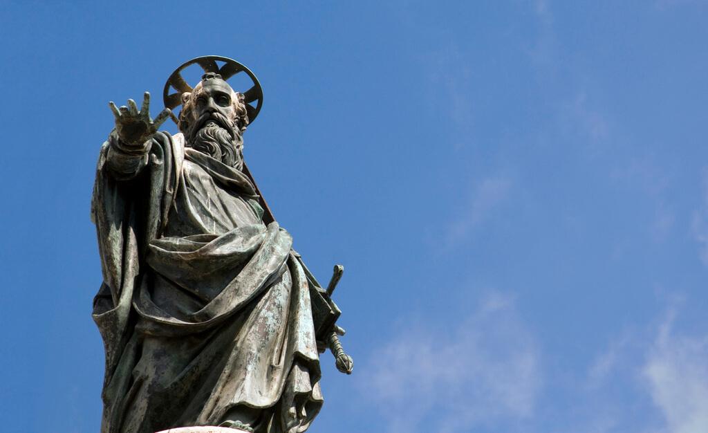 Statue des Apostels Paulus in Rom – Bild: Lawrence OP / flickr.com / Lizenz: CC BY-NC-ND 2.0