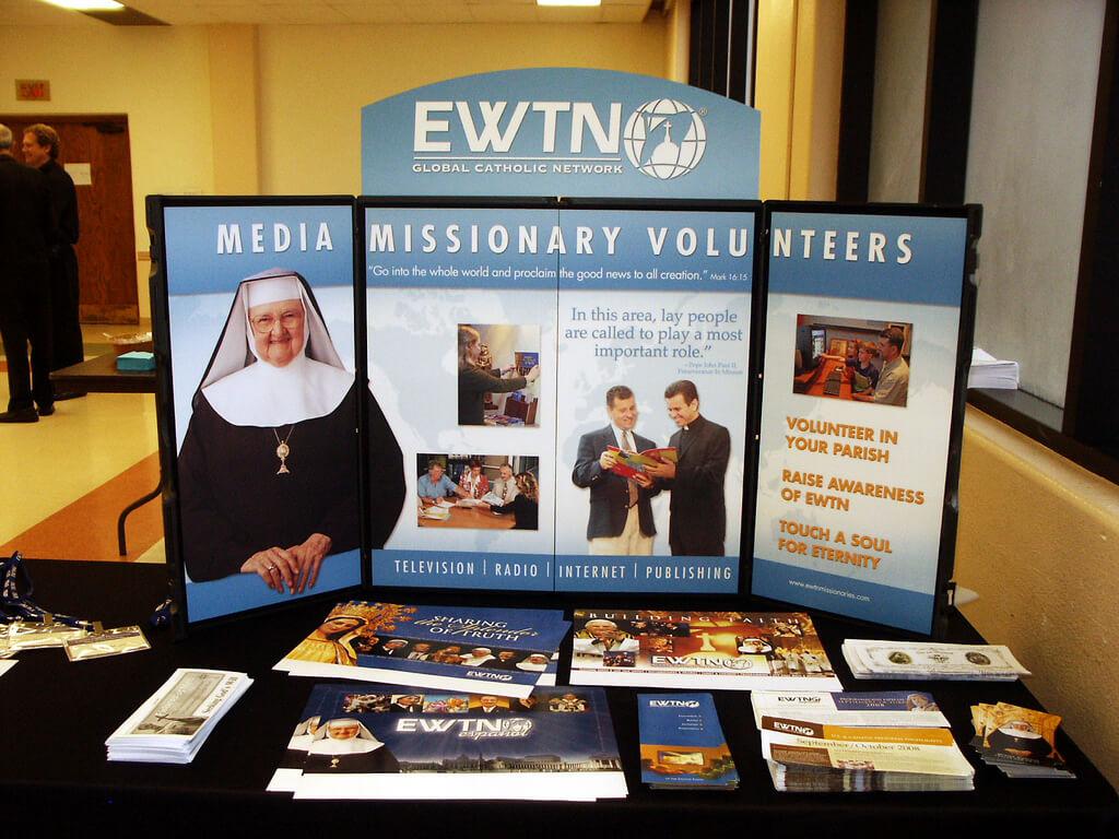 Mutter Angelica – Bild: Pamla J. Eisenberg - EWTN Media Missionary Day San Diego CA / flickr.com / Lizenz: CC BY 2.5