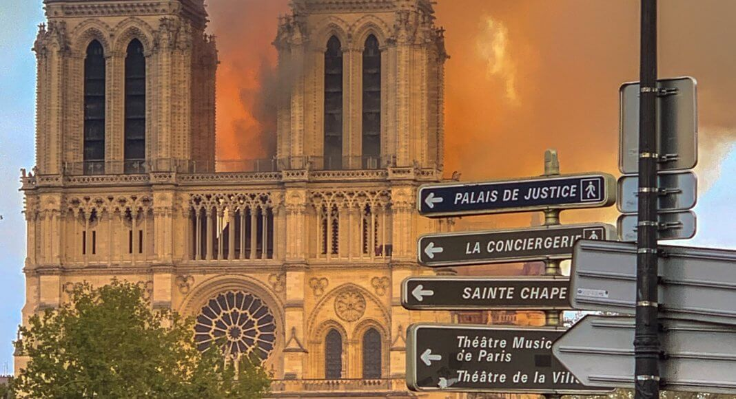 Notre Dame de Paris – Bild: Milliped [CC BY-SA 4.0 (https://creativecommons.org/licenses/by-sa/4.0)]