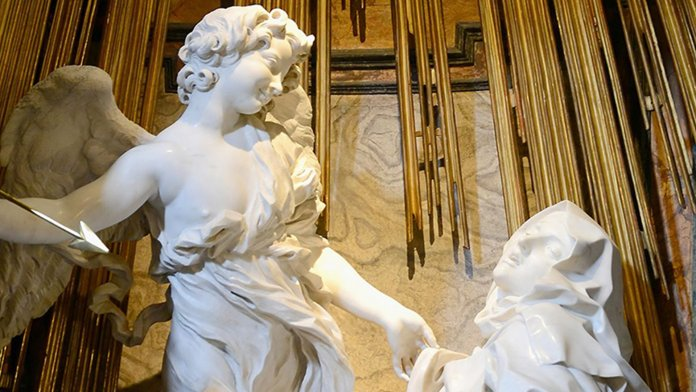 The Ecstasy of Saint Theresa by Giancarlo Bernini. Church of Santa Maria della Vittoria, Rome – Alvesgaspar [CC BY-SA 4.0 (https://creativecommons.org/licenses/by-sa/4.0)] (Ausschnitt)