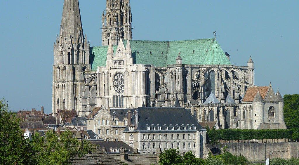 Die Kathedrale Notre-Dame von Chartres, Wunderwerk der gotischen Baukunst | Bild: Olvr [CC BY-SA 3.0 (https://creativecommons.org/licenses/by-sa/3.0)]