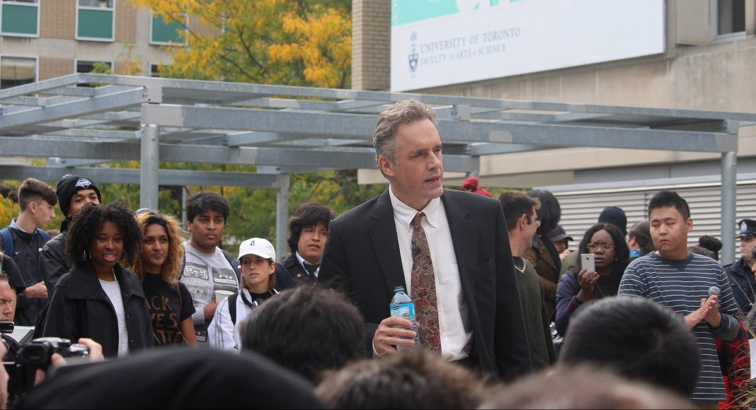 Jordan B. Peterson an der Universität von Toronto – Bild: Quist [CC BY-SA 4.0 (https://creativecommons.org/licenses/by-sa/4.0)]