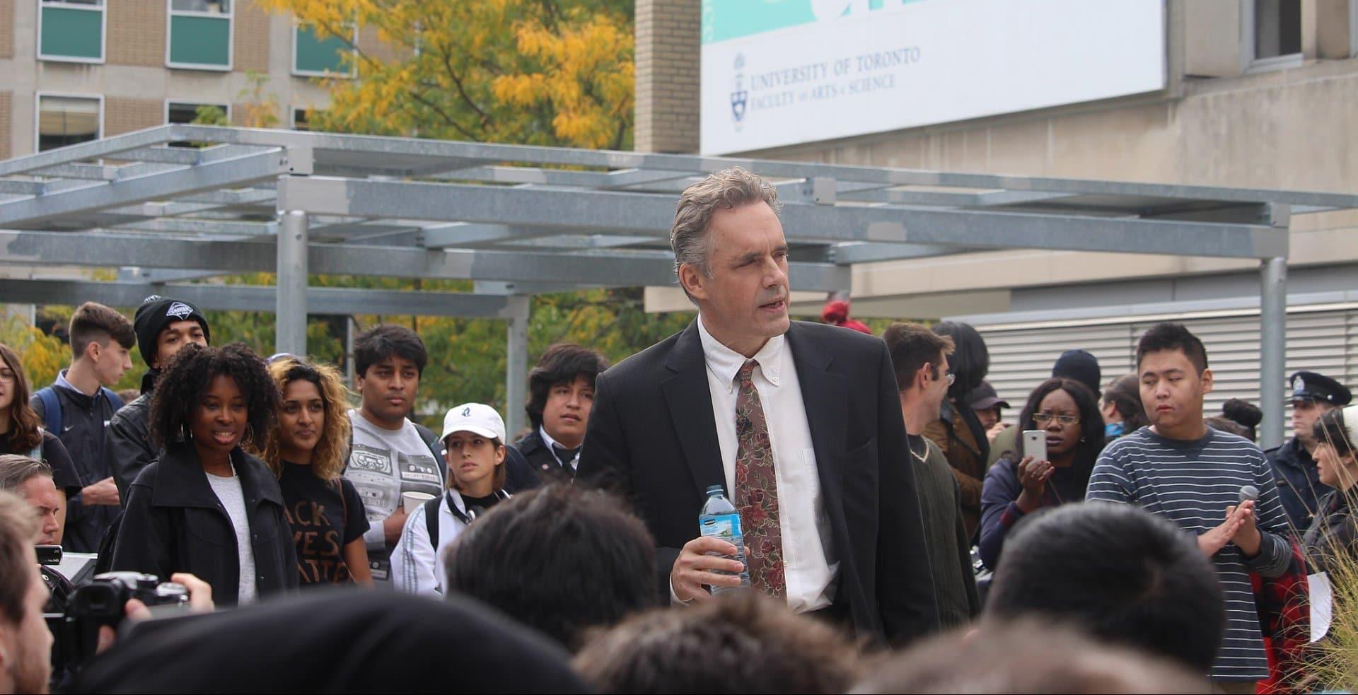 Jordan B. Peterson an der Universität von Toronto – Bild: Quist [CC BY-SA 4.0 (https://creativecommons.org/licenses/by-sa/4.0)]