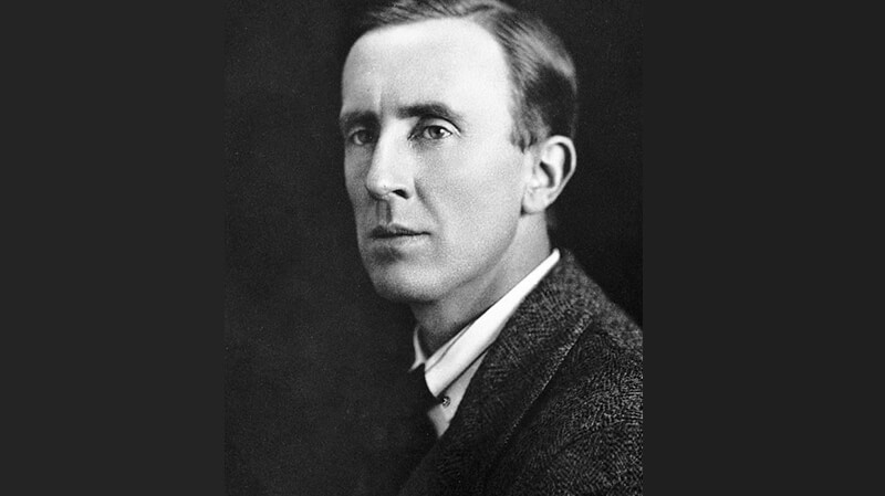 Tolkien in den 1940er Jahren | Quelle: https://epistleofdude.wordpress.com/2019/05/12/photos-from-the-lives-of-c-s-lewis-and-j-r-r-tolkien/