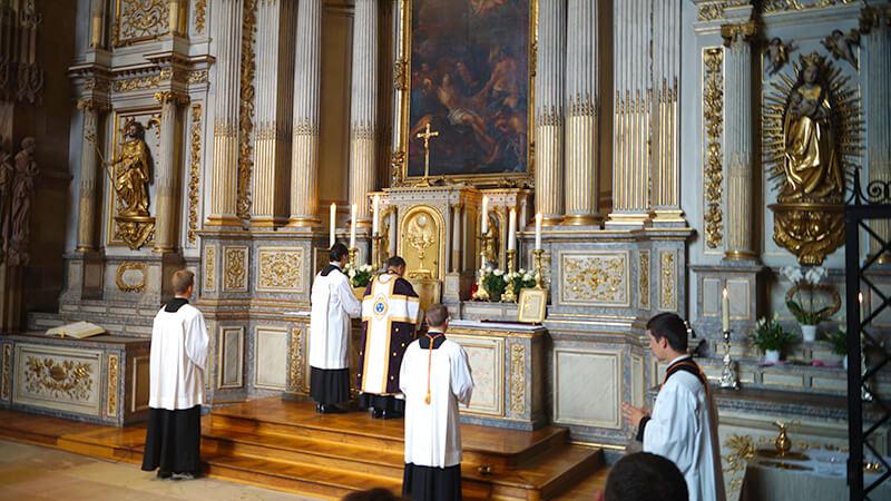 Alte Messe im Straßburger Dom | Christophe117, CC BY-SA 4.0 , via Wikimedia Commons