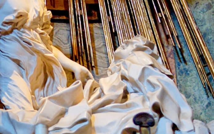 Gianlorenzo Bernini: Verzückung der Heiligen Theresa, Kirche Santa Maria della Vittoria | Jastrow;), Public domain, via Wikimedia Commons