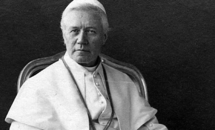 Papst Pius X. / Sirilusmaxii, CC BY-SA 4.0 , via Wikimedia Commons