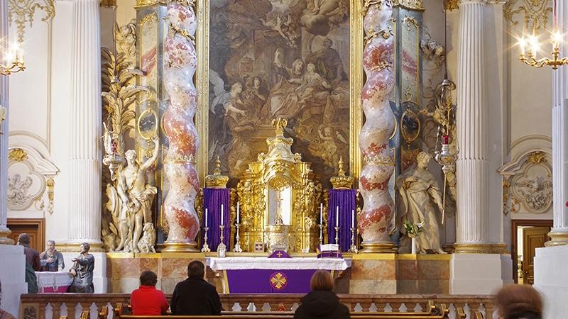 Damenstiftskirche St. Anna, Chorraum | Bild: Berthold Werner, CC BY-SA 3.0 , via Wikimedia Commons