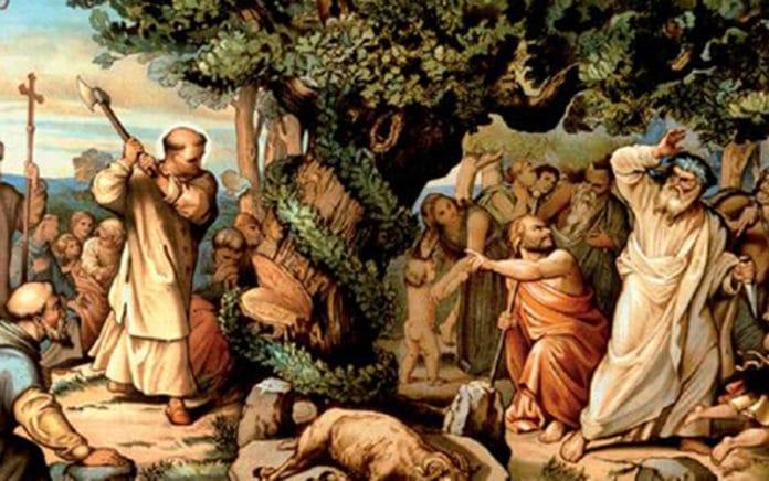 Bonifatius fällt die Donareiche   Bild: After Heinrich Maria von Hess, Public domain, via Wikimedia Commons