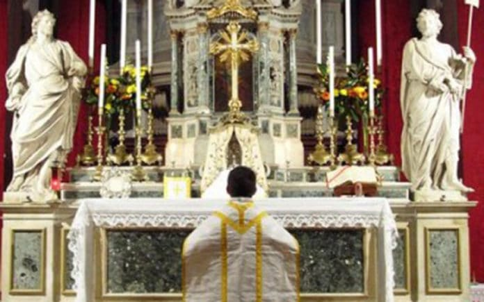 St. Simeon Piccolo, Venedig (FSSP)   Required attribution text: by the Priestly Fraternity of Saint Peter, available from http://fssp.org., Attribution, via Wikimedia Commons